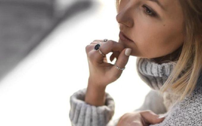 Как выбрать женское серебряное кольцо: магические свойства драгоценного металла и камней