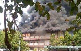 В малазийской школе произошел серьезный пожар: погибло 22 ребенка