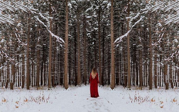 Новогодний шик: выбираем платье для корпоратива