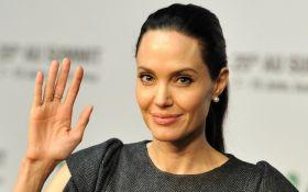Джоли впервые за долгое время порадовала поклонников: опубликовано фото