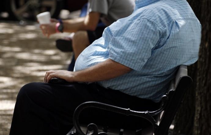 Для боротьби з ожирінням учені рекомендують менше сидіти