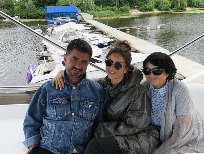 Люблю Киев: Ани Лорак неожиданно приехала в Украину (4)