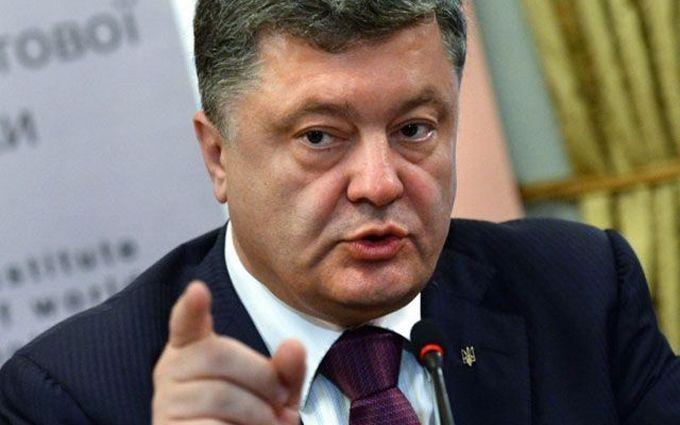 Порошенко перехрестився, говорячи про надії України: опубліковано відео
