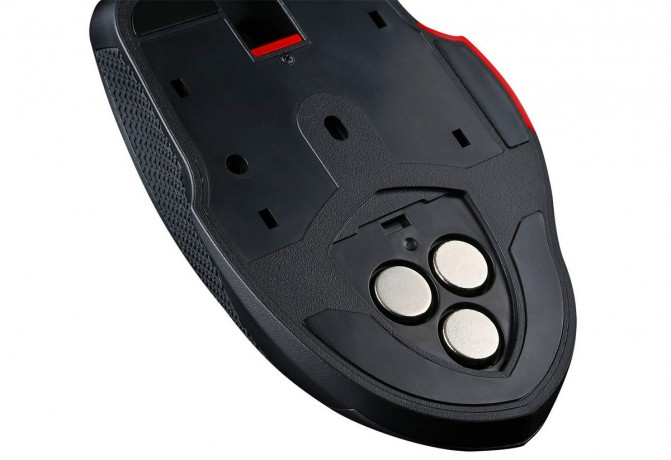 Компания MSI представила геймерскую мышь Interceptor DS300 (4 фото, видео) (3)