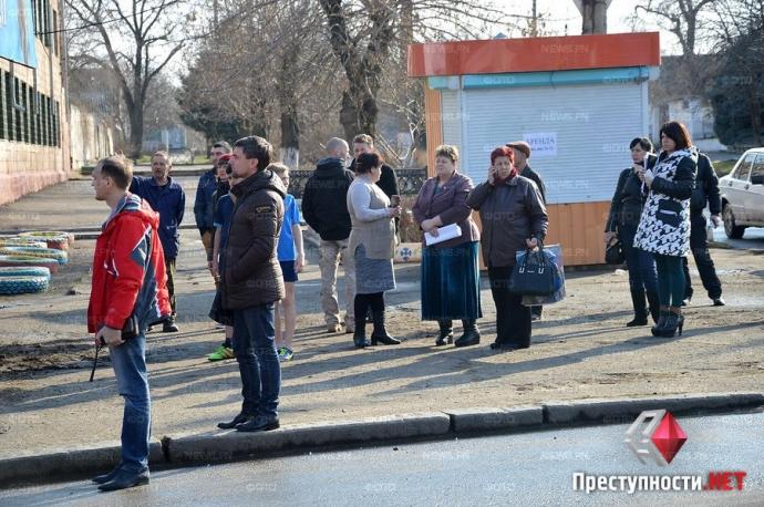 В Николаеве произошло смертельное ДТП с военным бензовозом: появились фото и видео (4)