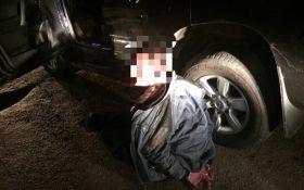 В Харькове пьяный водитель внедорожника, убегая от полиции, врезался в другую машину патрульных