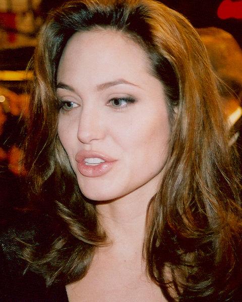 Обогнала даже Анджелину Джоли: названо имя самой богатой актрисы Голливуда (2)