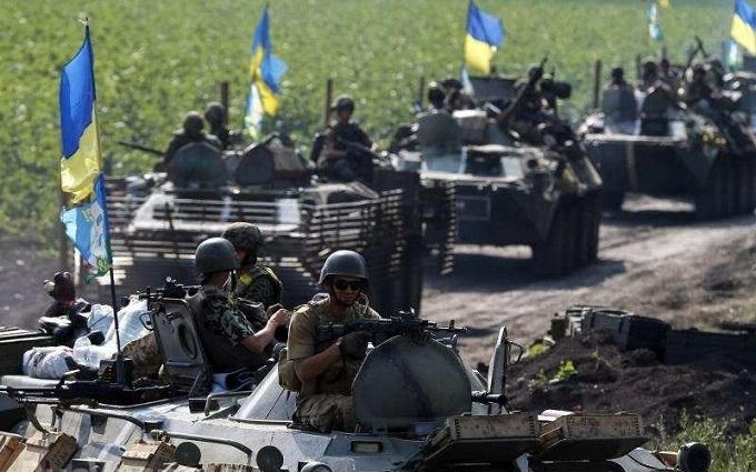 Бої на Світлодарській дузі: в мережі пояснили, що сталося на Донбасі