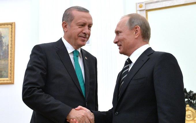 """Кремлівський політолог розповів, хто """"подружив"""" Ердогана і Путіна"""