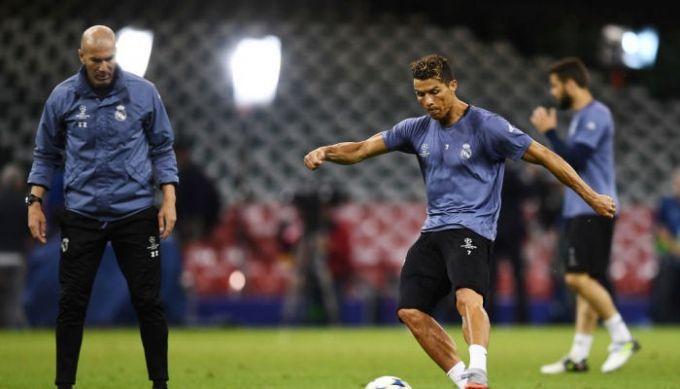 Зидан уверен, что Роналду останется в«Реале»