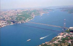 Турция временно закрыла Босфор для прохода судов