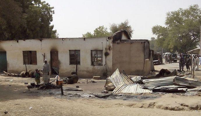 Террористки-смертницы подорвали лагерь беженцев в Нигерии