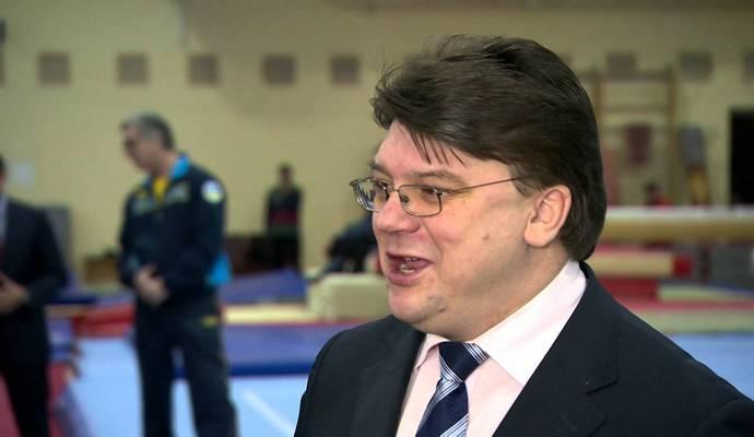 Министра молодежи и спорта отозвали из Кабмина Яценюка