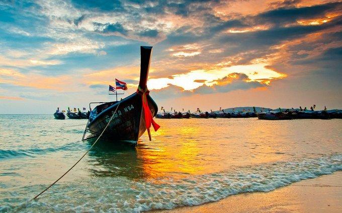 Таиланд ограничивает время пребывание в стране и запретил въезд некоторым туристам