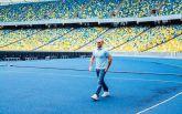 """Відомий актор Джейсон Стетхем знявся у рекламі на НСК """"Олімпійський"""""""
