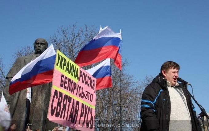 Заставили раскачивать корыто, из которого питались – очевидец захвата Луганска сепаратистами