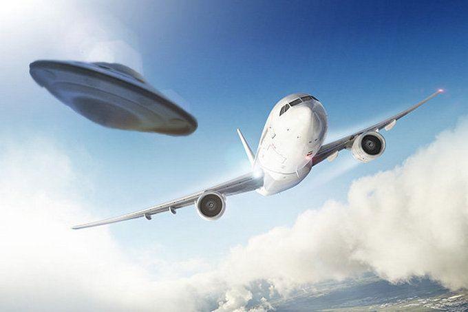 ЗМІ дізналися про таємну програму США з вивчення НЛО: опубліковано відео