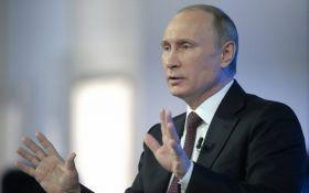 Упал вдвое: рейтинг Путина рекордно снизился