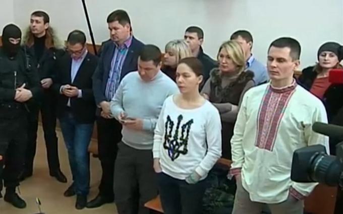 Приговор Савченко: в суд не пустили украинского консула и спикера Порошенко