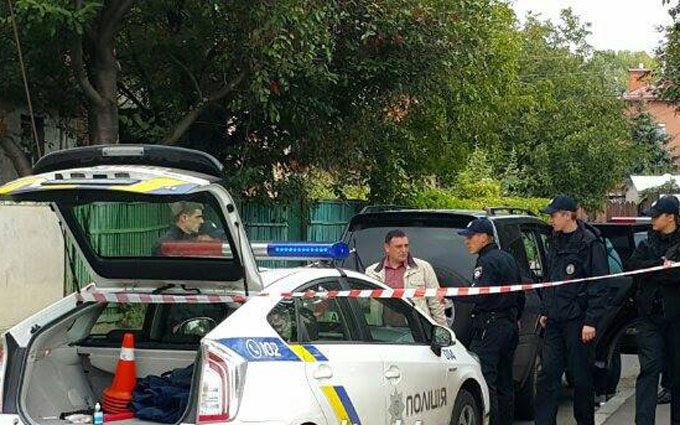 У Києві порушник правил побив поліцейського: опубліковані фото