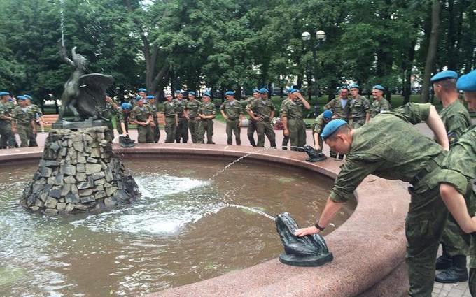 Білорусів насторожили російські десантники в Мінську: з'явилися фото
