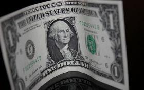 Впервые за 45 лет: доллару предсказали рекордное падение