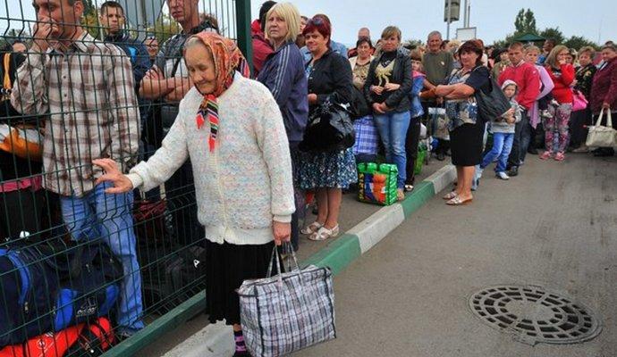 У Польщі 1 млн українських біженців - глава уряду Польщі