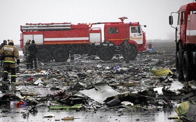 В сети поражены тем, как уничтожают следы авиакатастрофы в Ростове: опубликовано фото