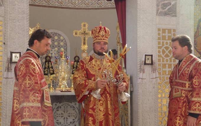 У відомого священика УПЦ МП помітили дорогий аксесуар: з'явилися фото