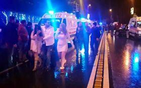 Теракт в Стамбуле: появились новые видео момента атаки