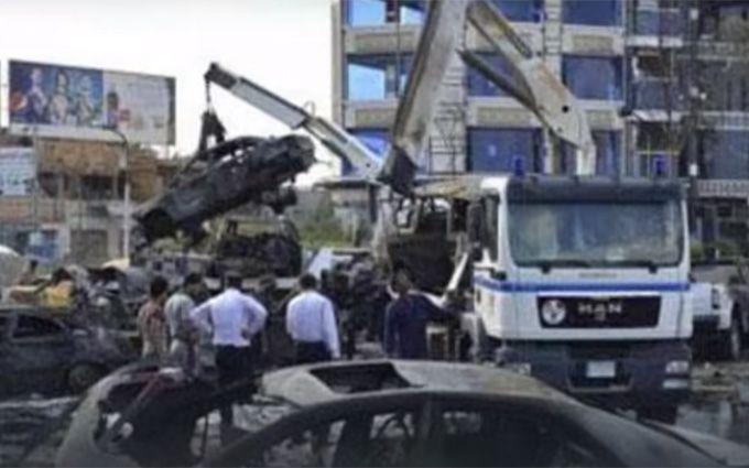 Жертвами страшного теракту в Багдаді стали десятки людей: опубліковані відео та фото