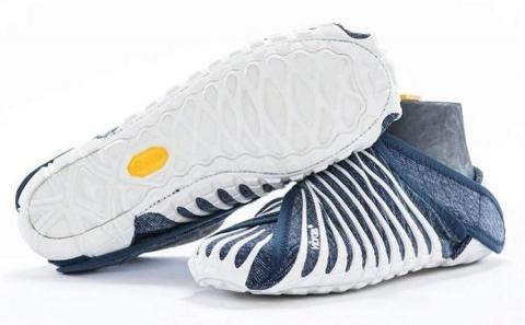 Итальянская компания выпустила обувь с японскими корнями (1)