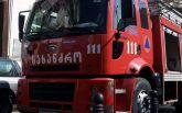 Сильный пожар охватил рынок в Тбилиси