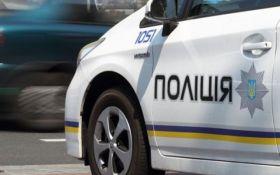П'яний водій у Києві влетів у машину копів: з'явилися фото