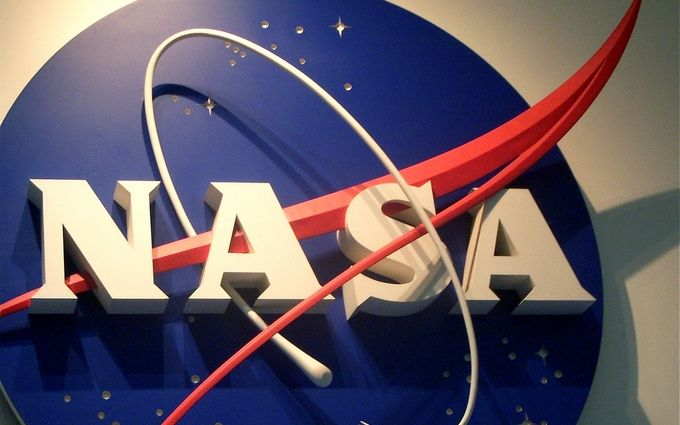 Супермісяць і загибель зірок: з'явився топ-10 фото від NASA за 2016 рік