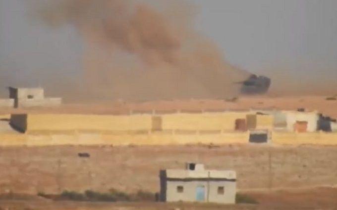 Боевики ИГИЛ жгут турецкие танки ракетами из России: появилось видео