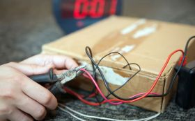 Во Львове возле жилого дома нашли взрывчатку