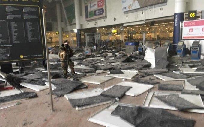 Первые секунды после взрыва в аэропорту: появилось новое видео из Брюсселя