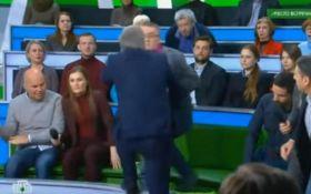 Пропагандист РФ напав на українського політолога в прямому ефірі: опубліковано відео