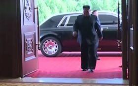 Купил в обход санкций США: в сети бурно обсуждают видео с роскошным авто Ким Чен Ына