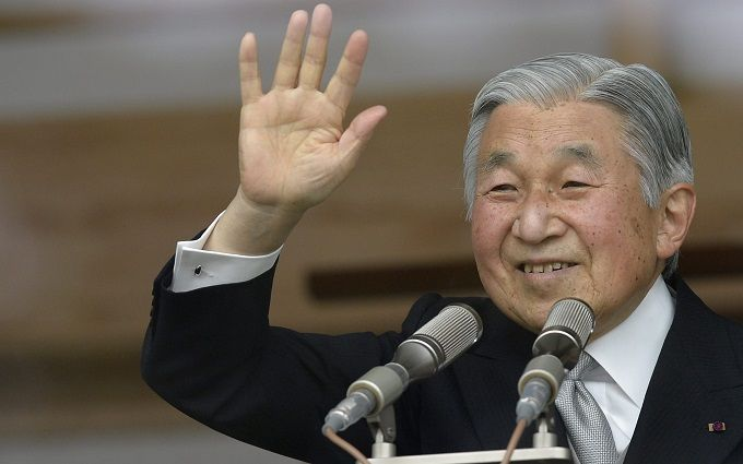 Уряд Японії дозволив імператору зректися престолу