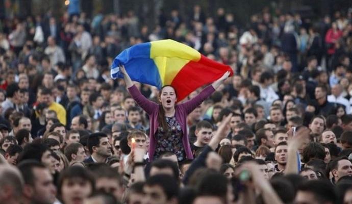 Тисячі людей у Молдові протестують проти кандидата на пост прем'єр-міністра