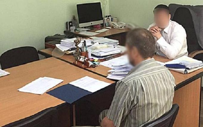 З'явилися фото резонансного арешту головного санлікаря України