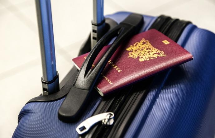 Як зібрати валізу, щоб не було надмірної ваги: лайфхаки для мандрівника (6)
