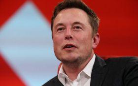 Маск запустит сайт для отслеживания фейковых новостей