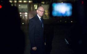В аеропорту Швейцарії затримували Яценюка: названа причина