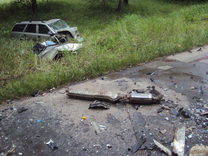 У страшному ДТП на Чернігівщині загинуло 5 осіб: опубліковані фото (2)