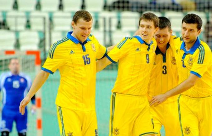 Українські футболісти дізналися суперників на чемпіонаті світу