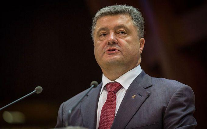 Порошенко прокомментировал вероятность дефолта Украины