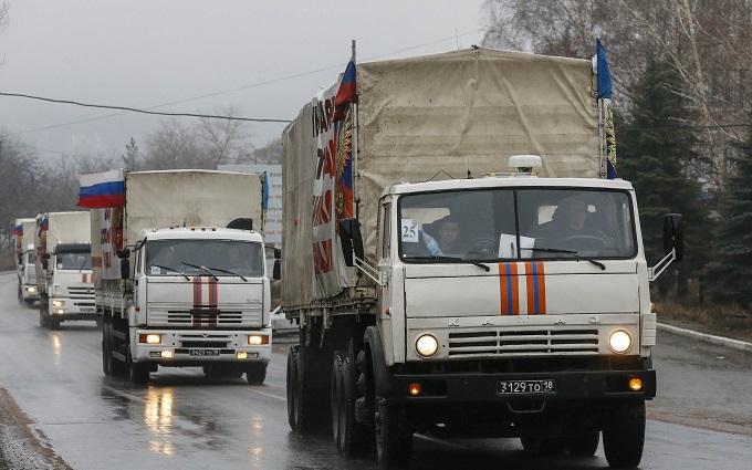 """В российском """"гумконвое"""" оказались боеприпасы и оружие - разведка"""